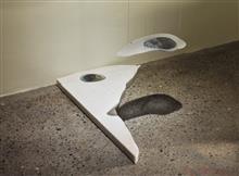 《水形No.3》,玻璃、鐵線、樹脂,2013